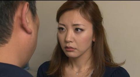 娘の目の前で輪姦される母 倉木みお mada053 (23)