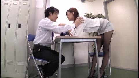 絶対ノーパンパンスト宣言 神波多一花 ATFB-391 (15)