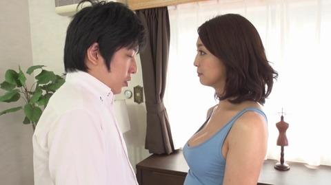 息子を溺愛する母、艶堂しほり OKSN-261 (21)