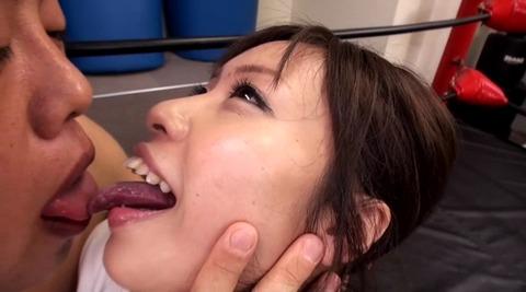 本物空手世界チャンピオン 音無綾乃 migd-475 (15)