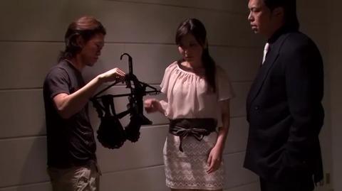 差し押さえられた若妻 鶴田舞 MDYD-733 (26)