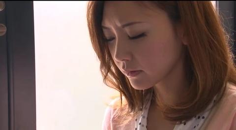 娘の目の前で輪姦される母 倉木みお mada053 (3)