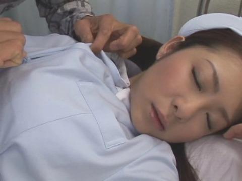 潮吹きナースの誘惑看護 初音みのりSOE244 (28)