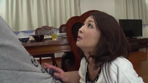 息子を溺愛する母、艶堂しほり OKSN-261 (4)