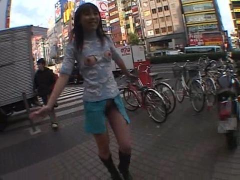 COZD-005 露出狂想曲5 沢井真帆 (26)