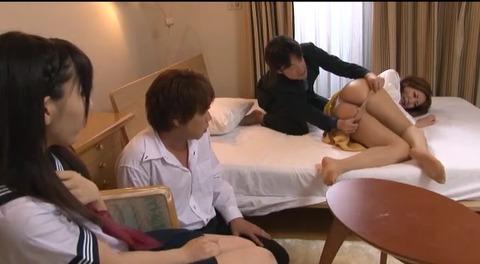 娘の目の前で輪姦される母 倉木みお mada053 (56)