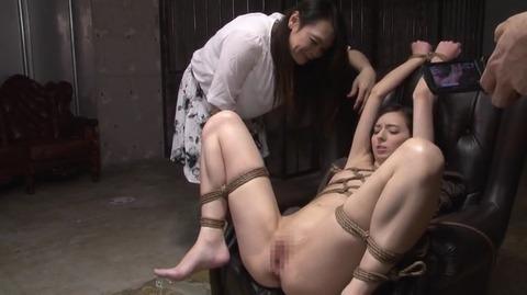 割れ目浣腸遊戯 西田カリナ BDA-057 (30)