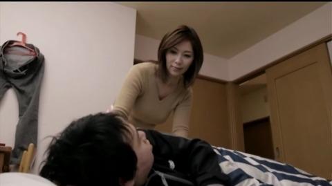 近親相姦に悶える人妻 翔田千里 MADA-021 (1)