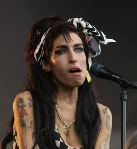 amy-winehouse-wasted-at-v