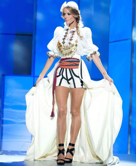 37-Miss-Universe-Kosovo-2011-Aferdita-Dreshaj