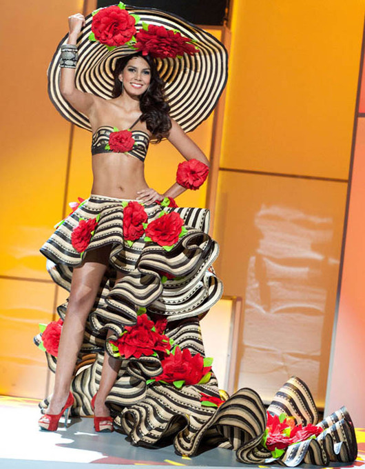 27-Miss-Universe-Colombia-2011-Catalina-Robayo