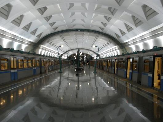 Slavyansky_Bulvar_station_by_Gugor