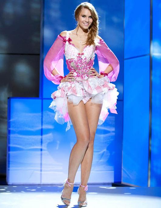56-Miss-Universe-Switzerland-2011-Kerstin-Cook