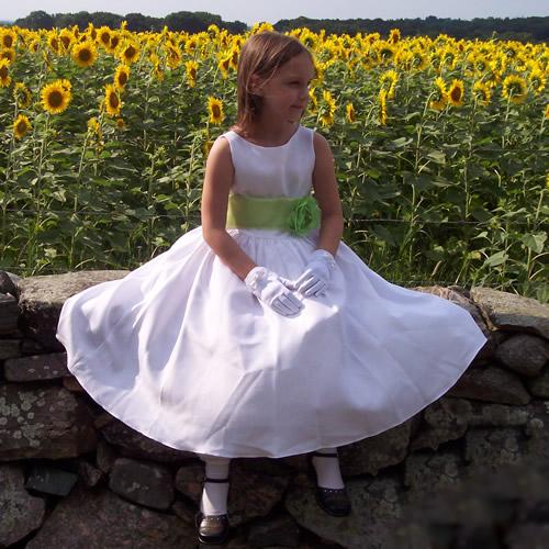 mb104_white_sunflower-girl-dress