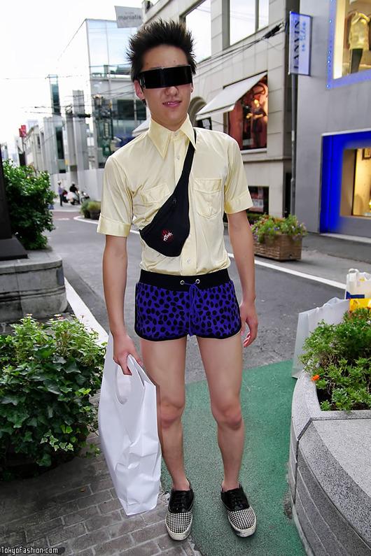 Japanese-Factory-Boy-09-2009-001-b