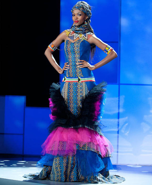 46-Miss-South-Africa-2011-Bokang-Montjane