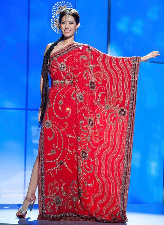 18-Miss-Universe-Singapore-2011-Valerie-Lim-Shu-Xian