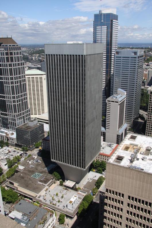Rainier_Tower_Seattle_Washington