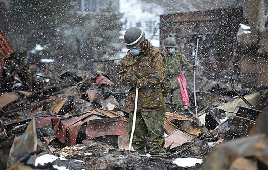 20110317-JAPAN2-slide-4KSQ-jumbo