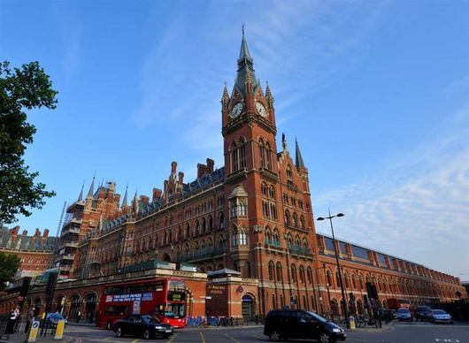 st_pancras_station_nw280609_1