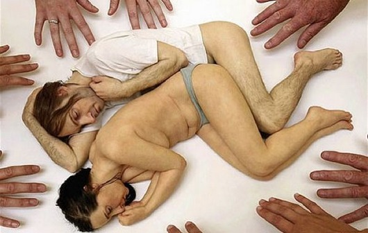 ron-mueck-artwork-sculpture-01