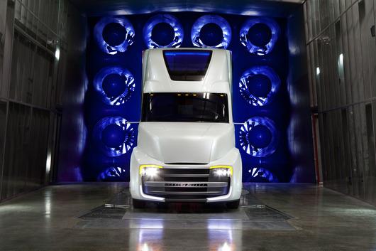 freightliner-revolution-innovation-2