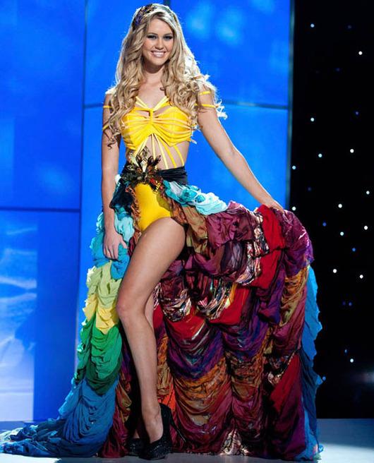 48-Miss-Universe-Australia-2011-Scherri-Lee-Biggs
