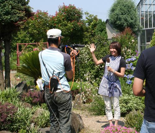 石川テレビ「リフレシュ」で生放送