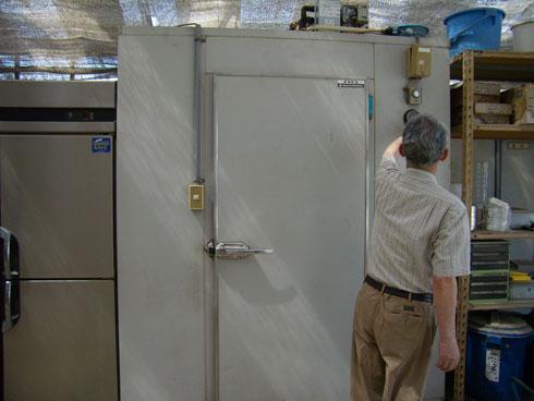 種の冷蔵庫