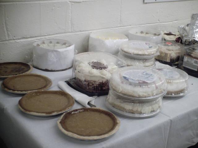 パイにケーキ