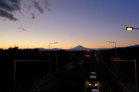 0110-Sunset-at-Tsujido