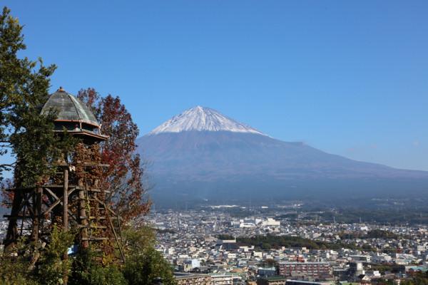 11/10 冠雪の富士山