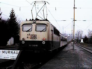 DE025