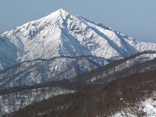 長井葉山から見た祝瓶山(IMG_7153)