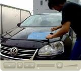 ワーゲンを30分でエグピカ!に洗車しているビデオです。