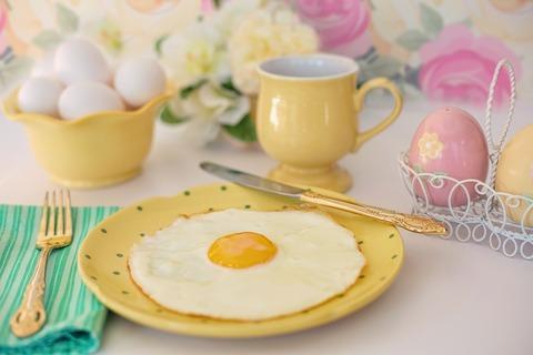 fried-egg-2121584_960_720