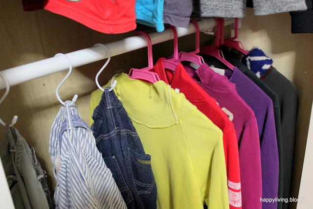 子供部屋 クローゼット 掛ける収納 洋服 (9)
