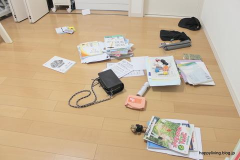 散らかった子供部屋 (1)