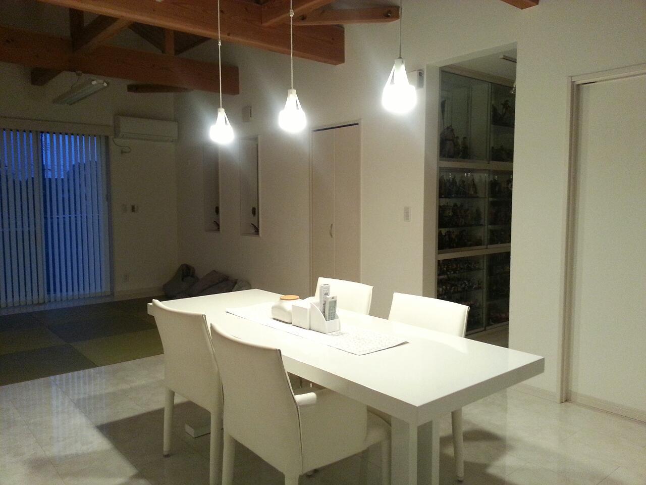 LED電球 光色切替えタイプ(ダイニング向け) 食事のあかり 2