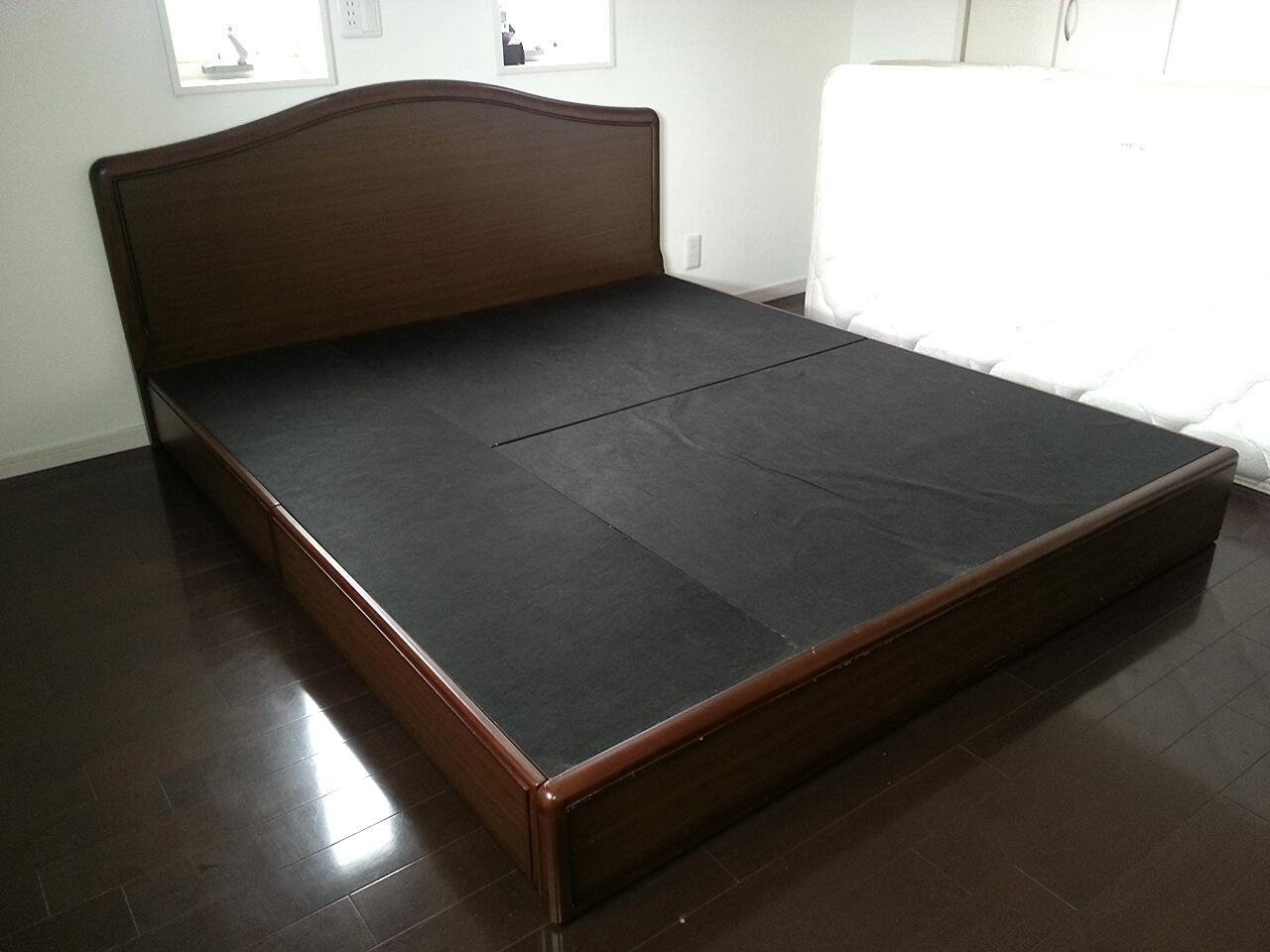 ベッド下の掃除が、面倒くさすぎるので( ̄ー ̄) : happy living -収納