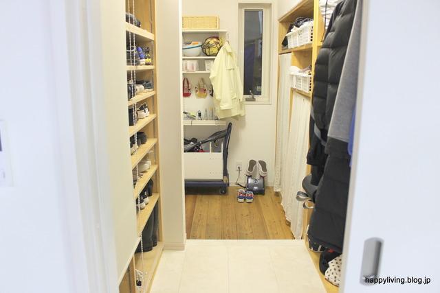 新築 マイホーム 家づくり コンセント 位置 玄関収納 (1)