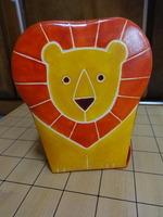 ライオン貯金箱