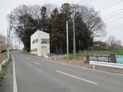 25稲荷橋1