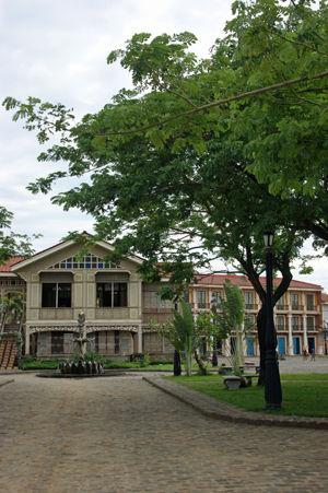 las casas filipinas de acuzar 9