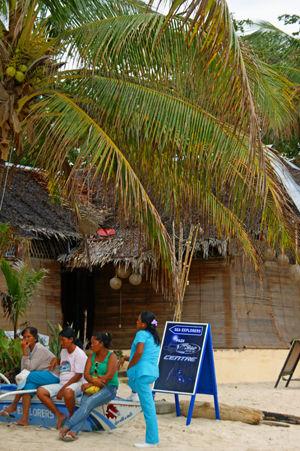 arona beach 10