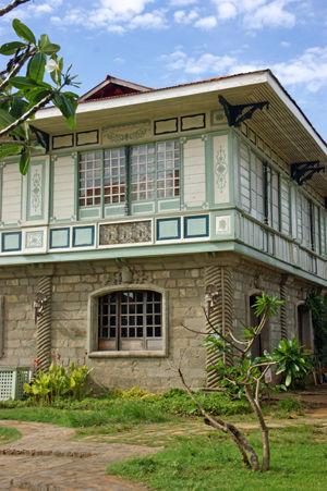 las casas filipinas de acuzar 63