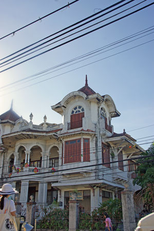 Governor Natalio Enriquez house