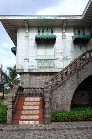 las casas filipinas de acuzar 68