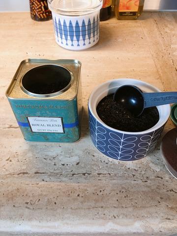 紅茶 容器