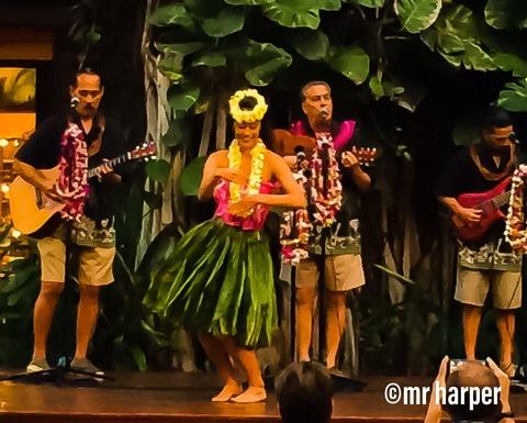 4ハワイ ワイキキ フラダンス